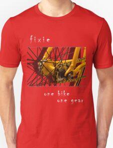 Fixie - one bike, one gear (black) T-Shirt