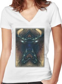 ©DA FS Face Off In Fractal 03V2. Women's Fitted V-Neck T-Shirt
