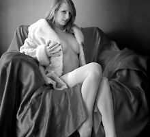 fur, pearls and nylons, oh my... by 1oldman