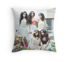 5H Peaceful Photoshoot Throw Pillow