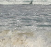 Intimate Waves by Anthea  Slade