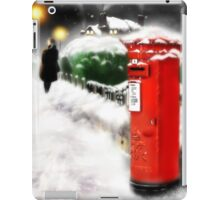 Traditional Christmas Illustration: Red Post Box in Snow [Soft Mix] iPad Case/Skin