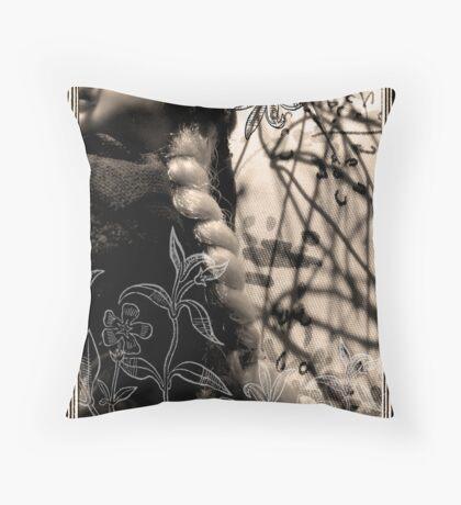 To sleep, perchance to dream... Throw Pillow