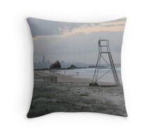 dusk illusions Throw Pillow