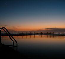 Towradgi tidal pool by Martin  Hoffmann