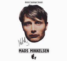 Mads Mikkelsen by Vickylento