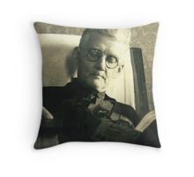 EARNEST HAYES BEE Throw Pillow