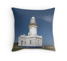 Point Perpendicular Lighthouse, New South Wales South Coast Throw Pillow
