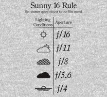 Sunny 16 Rule - Black by Alessandro Arcidiacono