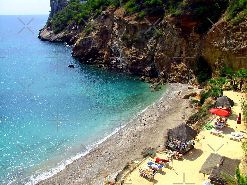 Sol Den Serra Beach by Tom Gomez