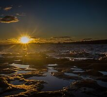 ray of golden sun by moppics