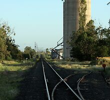 Rail Silo by artis