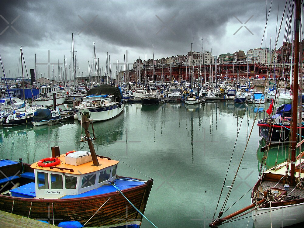 Ramsgate Marina by Catherine Hamilton-Veal  ©