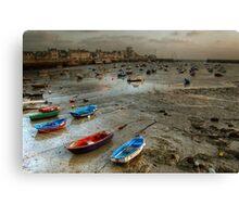 Barfleur à marée basse... Canvas Print