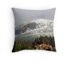 Mt Wellington snow beauty Throw Pillow
