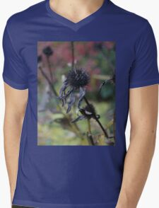 Time to rest, see ya next year. Mens V-Neck T-Shirt