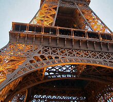 Le Tour Eiffel by Amy Dokken