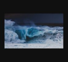Winter Waves At Pipeline 20 T-Shirt