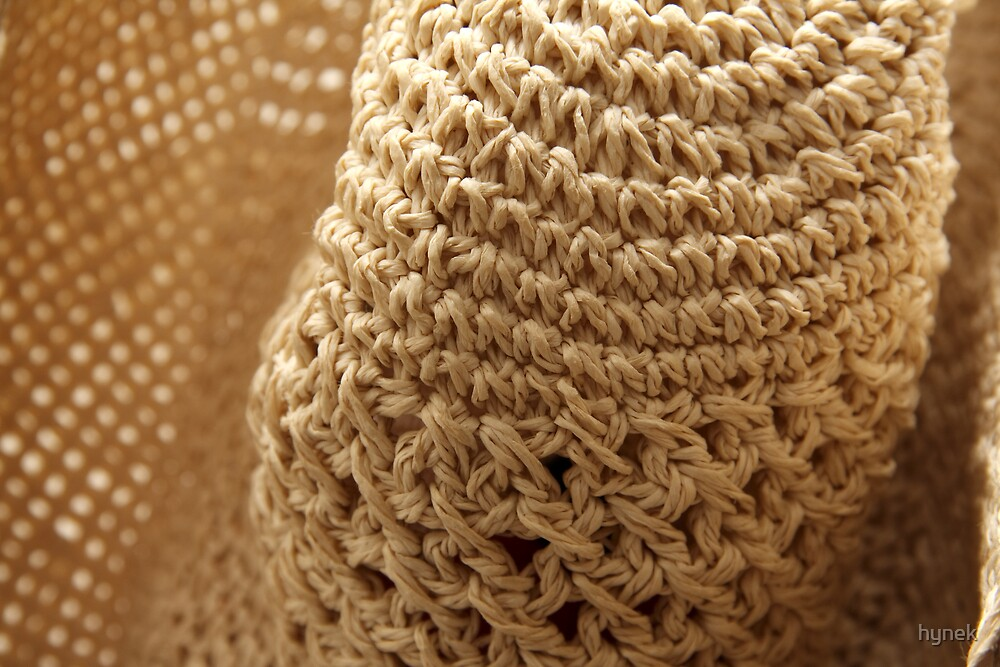 Straw Hat by hynek