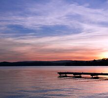 Sunset, Warner's Bay NSW by jaclyn-kavanagh