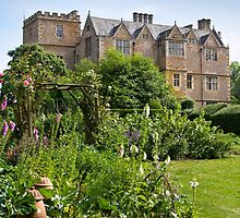 Chastleton House & Garden by vivsworld