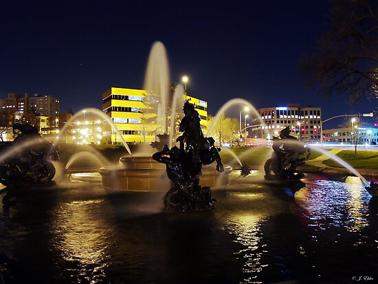 Fountain Reflections by Jelderkc