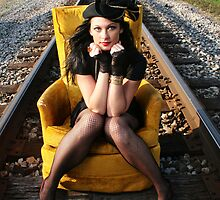 Tracks Chillin by Maureen  Geraghty