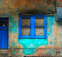 Derelict in Blue - Darlinghurst, Sydney, Australia by Mark Richards