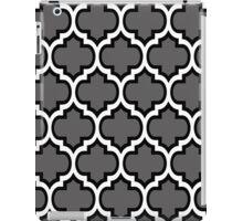 Black and White Quatrefoil Pattern on Grey iPad Case/Skin