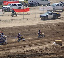 Loretta Lynn's SW Area Qualifier Competitive Edge-Hesperia,CA Mini's Hole Shot View, (426 Views as of May 9, 2011) by leih2008