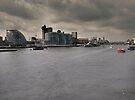 The Thames, 20,04. by Mark Hayward