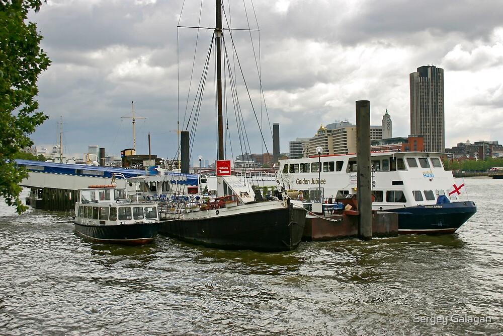 Ships on Thames, London by Sergey Galagan