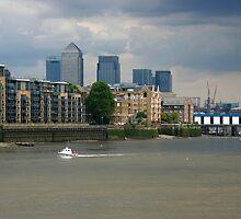 London, Thames by Sergey Galagan