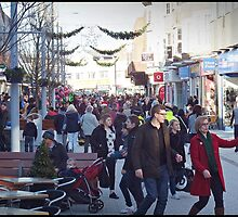 Last minute shopping in Bognor by Malcolm Chant