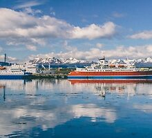 Ushuaia Boats by MarceloPaz