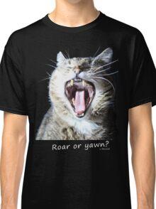 Roar or yawn? Big cat - By Micione Classic T-Shirt