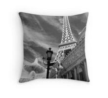 No. 15, La Tour Eiffel de Vegas Throw Pillow