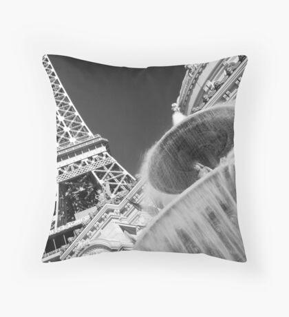 No. 23, La Tour Eiffel de Vegas Throw Pillow