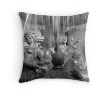 No. 2, La Fontaine des Mers (Vegas) Throw Pillow