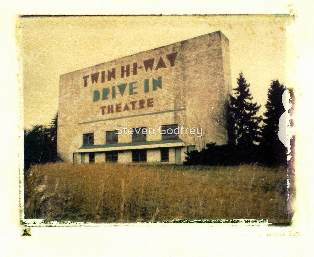 Twin Hi-way Drive In by Steven Godfrey