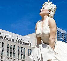 Statue of Marilyn Monroe next to the Chicago Tribune building. Chicago, Illinois, USA by PhotoStock-Isra