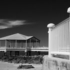 Redcliffe Pier by bidkev1