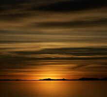 Ocean Of Gold IV by HeyMike