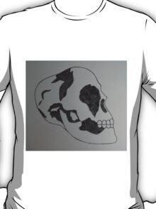 Black and White Skull  T-Shirt