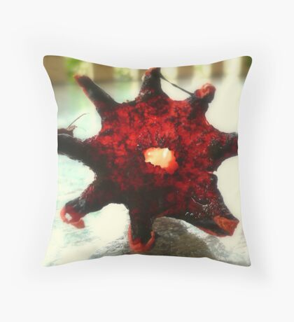 FUNGI ODOUR Throw Pillow