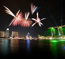 Fireworks over Marina Bay by Jenny Zhang