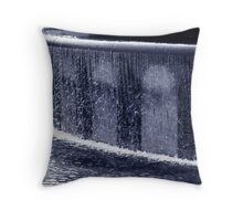 Duotone of a water fountain Throw Pillow