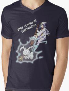 Yu-Gi-Oh! Where did Yami leave me now? Ryo Bakura  Mens V-Neck T-Shirt
