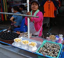 Khao San Vendor by jazzolmon
