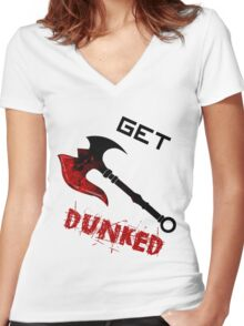 Darius Get Dunked Women's Fitted V-Neck T-Shirt